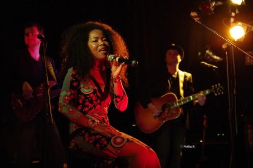 Noëlla live